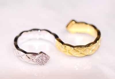 香奈儿菱格纹间金双戒指S型Coco Crush双戒指